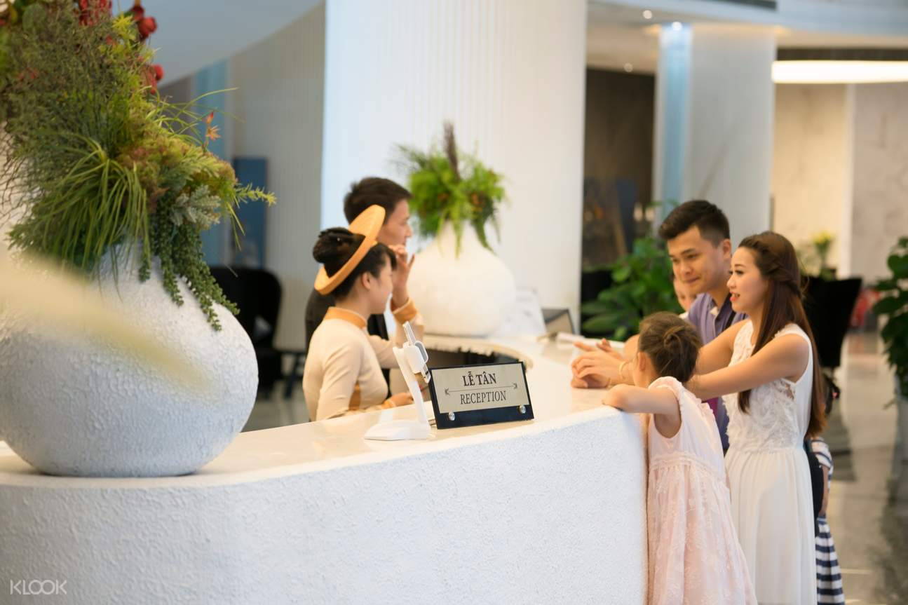 lobby of Muong Thanh Luxury hotel